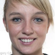 Face avec sourire
