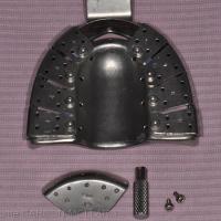 Fig. 3a, b : Porte empreinte métallique du commerce, comportant des volets amovibles pour une ouverture adaptée à la situation clinique des implants.